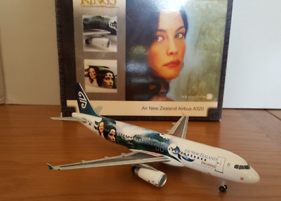 Herpa 550925 1/200 Airbus A320 Air New Zealand 'Arwen & Eowyn' Lord of the Rings