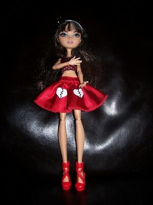 Ever After High Doll - Cerise Hood Doll - Comes in Outfit As Seen - More Photos