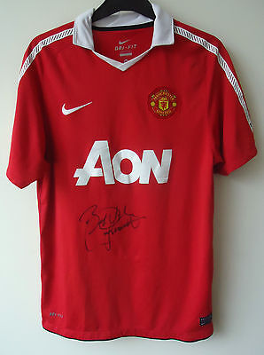 MANCHESTER UNITED  FOOTBALL SHIRT BY NIKE  SIZE L SIGNED BY PAUL MacGRATH