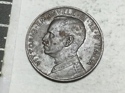 ITALY 1917 2 Centimos coin nice condition couple obverse scratches