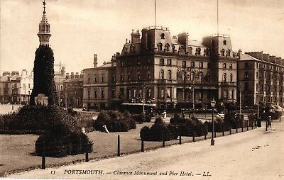 Portsmouth, Clarence Monument and Pier Hotel, um 1920/30
