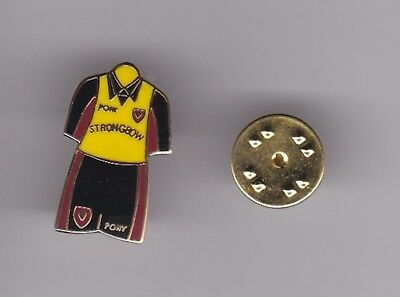 "Hearts "" Away Kit "" - lapel badge butterfly fitting"