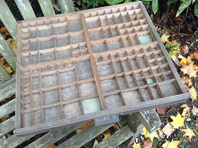 Lovely vintage FRENCH PRINTERS TRAY - Old letterpress drawer display