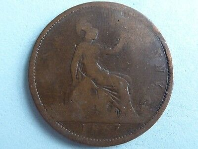 GREAT BRITAIN VICTORIA PENNY 1867 SCARCE DATE BUCKLED  (468a