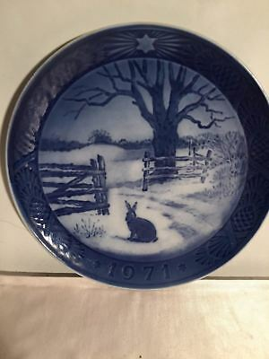 Royal Copenhagen Denmark Hare In Winter 1971 Christmas Plate