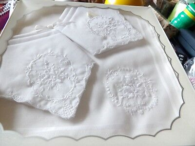 Boxed Set Of Three Vintage Embroidered Pulled Thread 100% Cotton Hankies G354-10