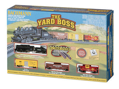 Bachmann 24014 N-Scale Yard Boss Train Set, Steam Loco w/ Headlight, Santa Fe