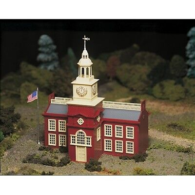 Bachmann 45614 O-Scale Plasticiville Town Hall Snap Kit