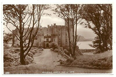 Isle of Skye postcard Dunvegan Castle