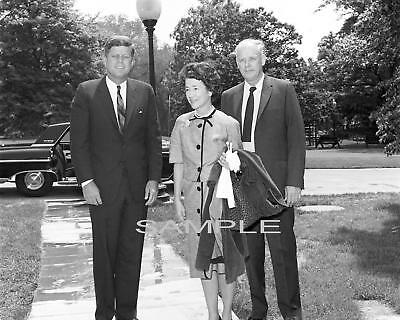 Charles & Anne Lindbergh with PRESIDENT JOHN F  KENNEDY Photo