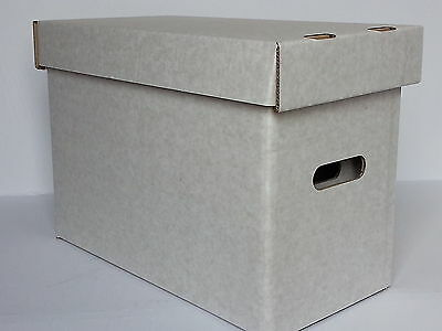 5 x WHITE, NEWER SIZE 2000AD COMIC SIZE STORAGE BOXES AND LIDS.
