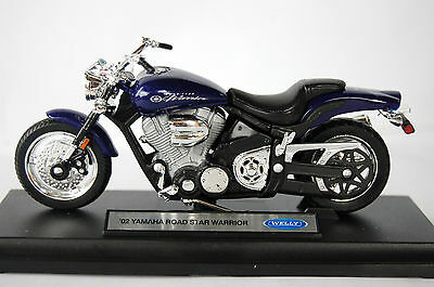 YAMAHA  ROAD STAR WARRIOR  1/18th  MODEL  MOTORCYCLE