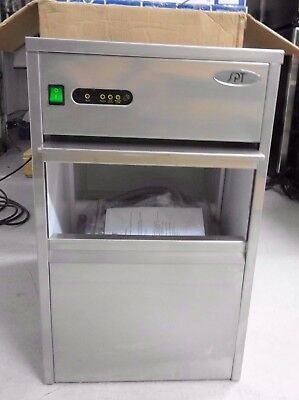 New SPT Sunpentown (IM-1108C) 110 lbs Automatic Stainless Steel Ice Maker