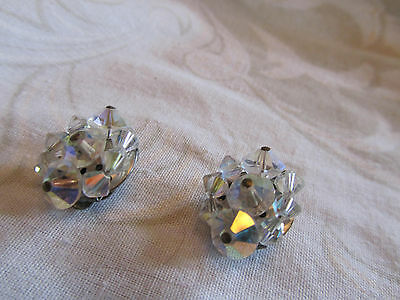 """Silver Tone & Clear Faceted Glass Clip On Earrings Unknown Vintage 0.75"""" across"""