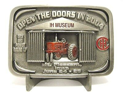 IH International Farmall M Tractor Belt Buckle 2004 15th Red Power Round Up Iowa