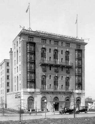 """1910-1926 Continental Hotel Vintage Old Photo 8.5"""" x 11"""" Reprint"""