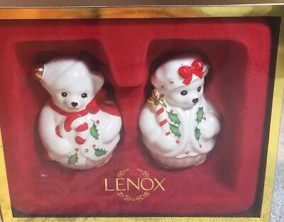 New in Box Lenox Christmas Teddy Bear Salt and Pepper Shakers with Stickers