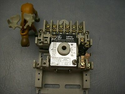 CR360ML206AG General Electric Lighting Contactor 110-120 VAC