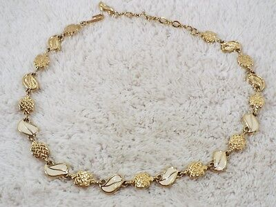 Goldtone Cream Celtic Knot Leaf Link Necklace (B35)
