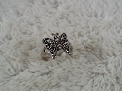 Sterling Silver Hinged Wings Filigree Butterfly Ring ~ Size 8 (C77)