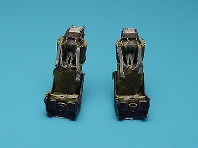 AIRES 7086 M.B. Mk.H7 Ejection Seats for F-4 Versions in 1:72