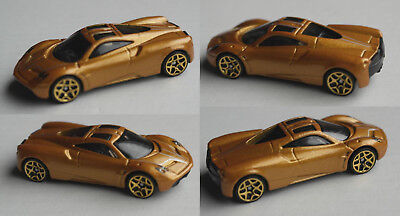 Hot Wheels - Pagani Huayra goldmet.