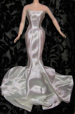 Barbie Hollywood Premiere Gown Dress Ivory Iridescent Fashion For Doll