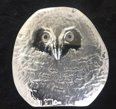 Mats Jonasson glass Owl paperweight Stunning Swedish signed Art glass