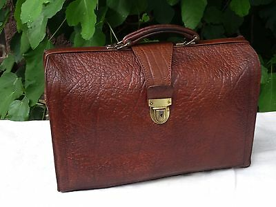 vintage leather bag - Alte Koffertasche grosse Ledertasche Koffer Leder Tasche