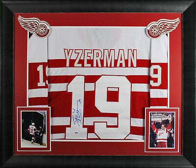Red Wings Steve Yzerman Authentic Signed & Framed Vintage Style White Jersey PSA