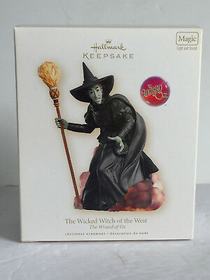 2007 THE WICKED WITCH OF THE WEST The Wizard of OZ Hallmark Ornament NIB Magic