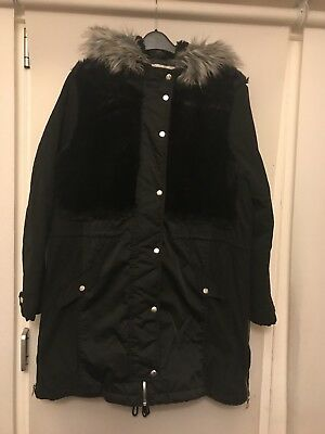 River Island Ladies Black Parka With Fur Detail Size 18 Has Been Worn Good Condi