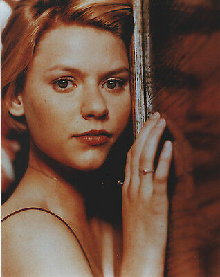 Claire Danes 8 X 10 Photo With Ultra Pro Toploader
