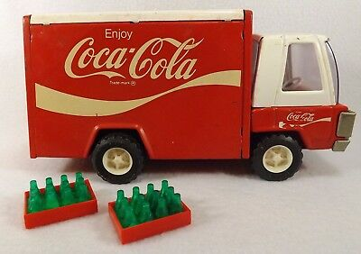 "Large 9"" Vintage Buddy L Coca Cola Metal Delivery Truck w/2 Crates Coke bottles"
