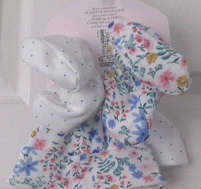 2 Stretch Jersey Hats & 2 pairs of soft Booties age 0-1 Month RRP £10 M&S