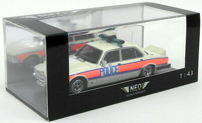 Neo 1/43 Scale Model Car NEO43152 - Jaguar XJ SIII - Hampshire Constabulary