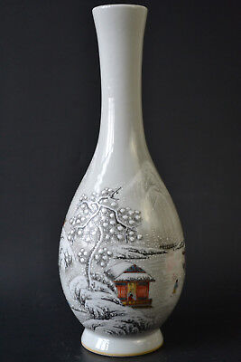 Fine Antique Old White Porcelain Snow Theme Chinese Style Beauty Vase / 11.7Inch