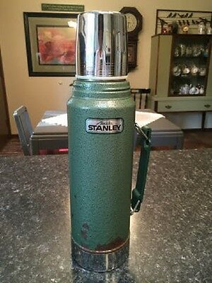 Aladdin Stanley Metal 1 Quart Green Thermos with Handle, Plastic Stopper, Cup