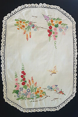 Vintage 1950's Doiley, Flowers & Butterfly, Absolutely Stunning Embroidery Work