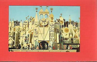 Disneyland The Magic Kingdom, Fantasyland, It's a small world,imaginative clock