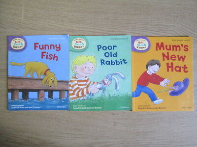 3 x Selection of Read With Biff, Chip & Kipper Paperback Books (Mum's New Hat /