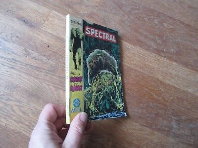 PETIT FORMAT BD SPECTRAL 10  aredit dc 1986 swamp thing