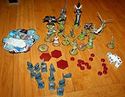 Hasbro Heroscape Lot of 75 - 18 Figures (Some large Dice 17 Cards & Markers 2004