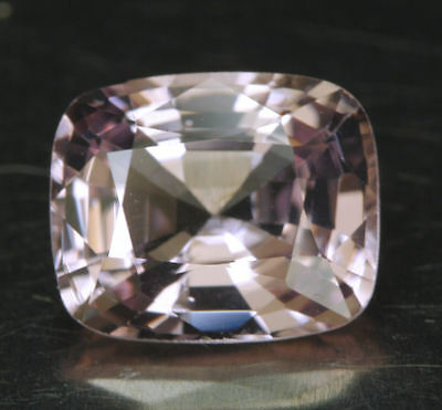 SPINELL         klasse Farbe      2,23 ct
