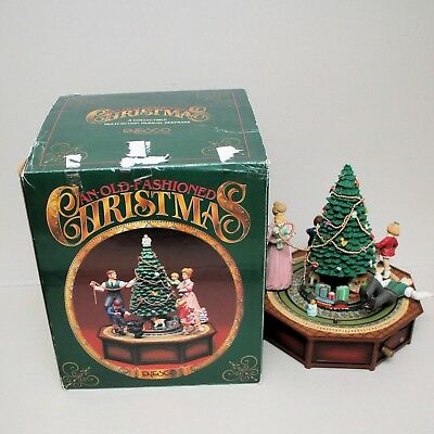 """Enesco Spieluhr  """" An Old Fashioned Christmas """" Gilmore 555894"""