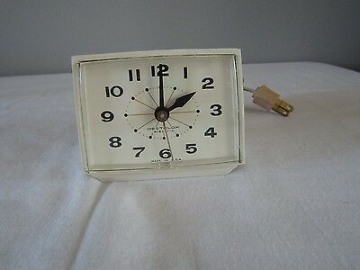Vintage Westclox Bold II White Retro Electric Alarm Clock #20291 Made in USA