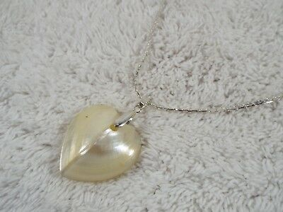 Puffed MOP Mother of Pearl Sea Shell Heart Pendant Necklace (C61)