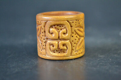 China Noble Collectible Old B one handwork carve flower Totem Noble Ring lucky