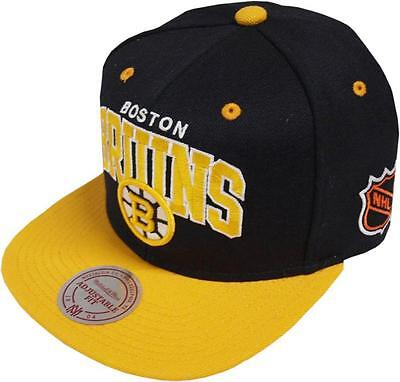 new concept c177e ac9f6 Mitchell   Ness Boston Bruins Team Arch nd12z Snapback Cap Baseball Cap NHL  Men
