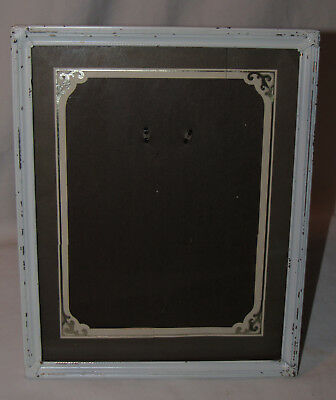 vtg White Metal Chic Painted  8X10 Ornate Foliage Embossed Picture Photo Frame